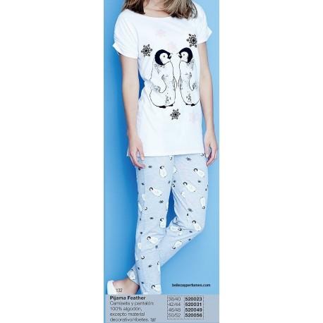 Pijama penguin Avon